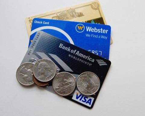 スマホがクレジット決済端末になるモバイル決済サービスを比較してみた