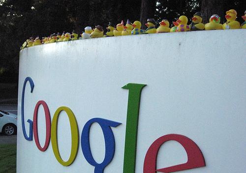 robots.txtにアクセスできないからもうクロールしないよ!とGoogle先生に叱られ、涙目で対処。